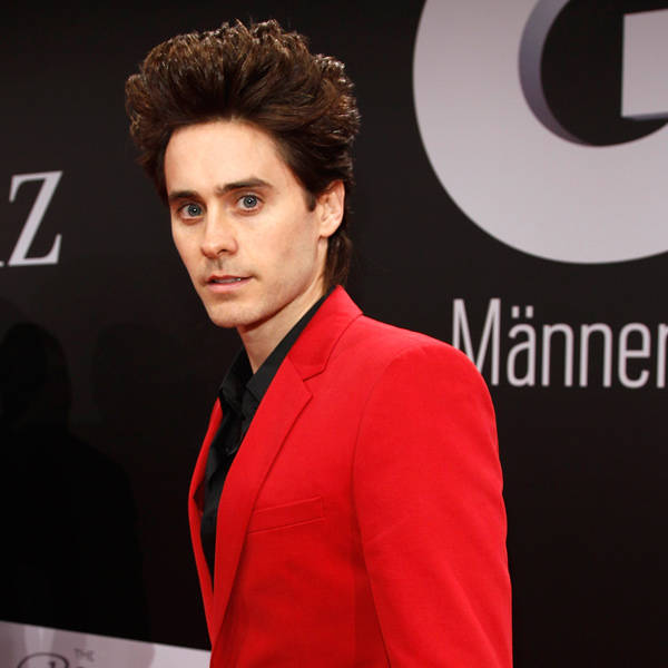 Popular musician and actor Jared Leto earns millions annually. The '30 Seconds to Mars' star Jared Leto was recently named as the worst dressed man in the world by a magazine.