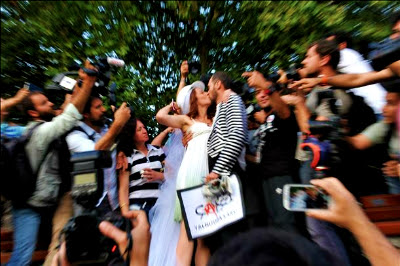 Gezi protesters marry