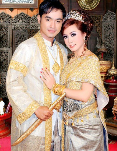 Cambodian wedding outfits