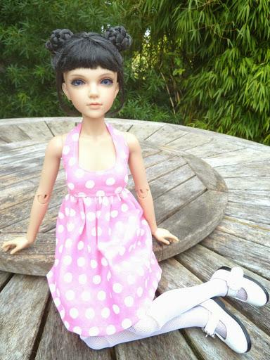 Alice (Leona JID Iplehouse) en cure de remise en forme (p 2) Essai%2520perruques39