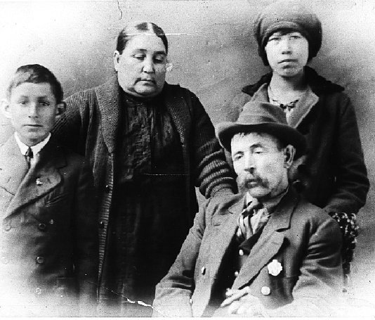 Madeline Francis and her husband, Gabriel Francis - Maliseet - no ...