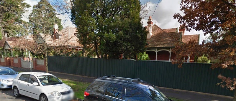 Eblana (23) and Merridale (21)21-23 Finch Street Malvern streetview