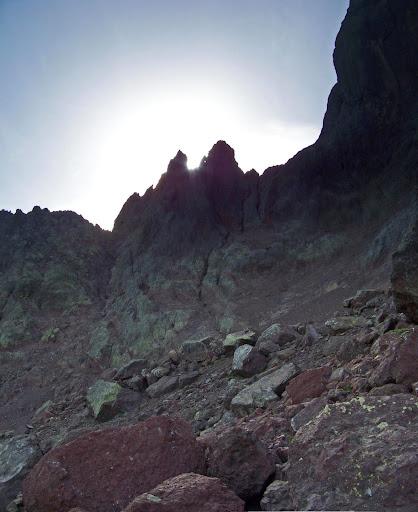 Brèche Nord de la Paglia Orba: les pentes sous la face Nord vers la Brèche des Géologues