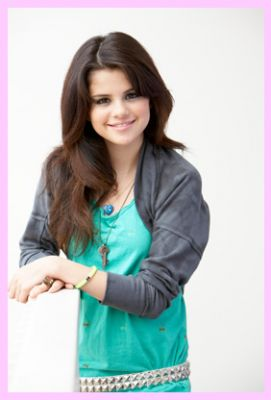 Selena Gomez part 4(21photos)  #picasa:picasa