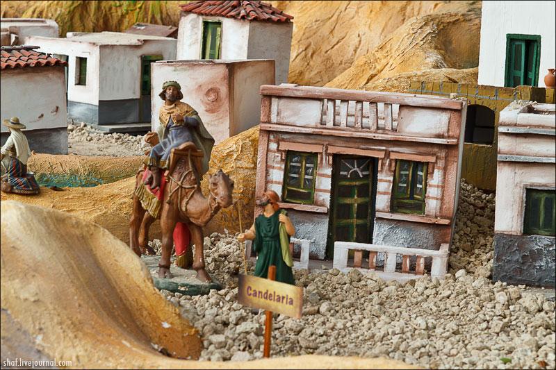 http://lh5.googleusercontent.com/-bRCL0stWJpA/UNjHppZuvnI/AAAAAAAADjM/76Kt9d_UtZg/s800/20121220-111930_Tenerife_La_Candelaria.jpg