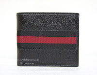 http://store.dokumart.com/gucci-bifold/product-725250.html