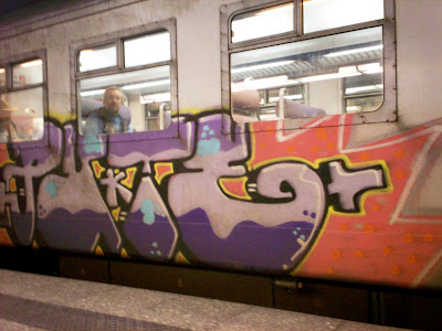 pute graffiti