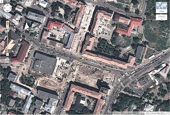 Centrul Sucevei din satelit - groapă imensă