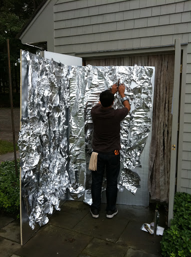Javier creates one of the Mad Scientist Lab walls using just household aluminum foil.