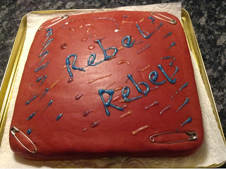 Rebel rebel iced cake