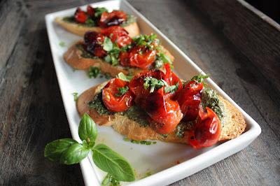 Oppskrift Bruchetta Bakte Tomater Pesto Vegetar Vegan