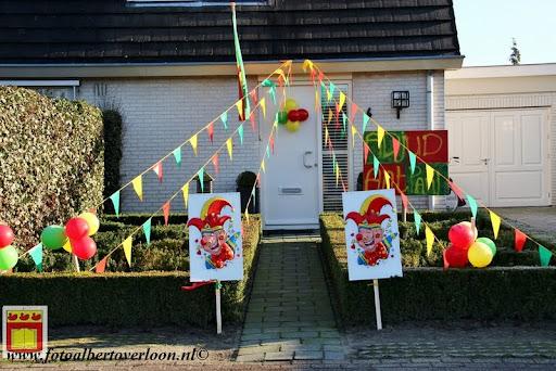versierde tuin en straat overloon 2013  (9).JPG