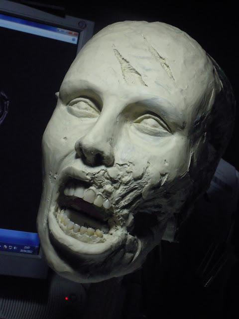 Buste échelle 1 zombie girl DSCN1503