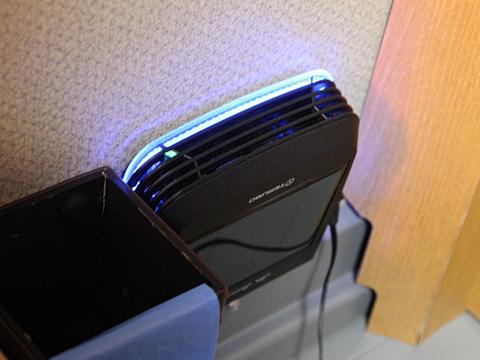 西日本鉄道「はかた号」 0002 個室型プレミアムシート 専用空気清浄機