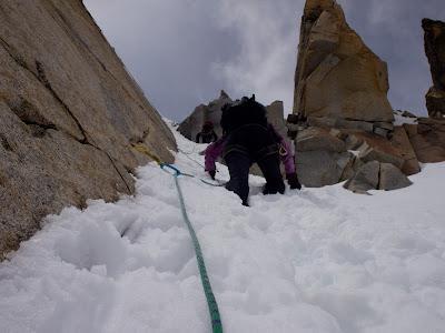 Corredor de neu, prop del cim de la Maladeta