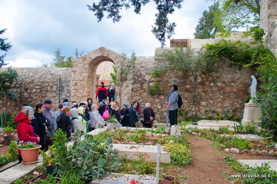 Гид в Иерусалиме Светлана Фиалкова. Экскурсия в Эйн Карем. Монастырь Сестер Сиона.