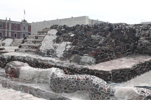 Templo Mayo ruins, snake