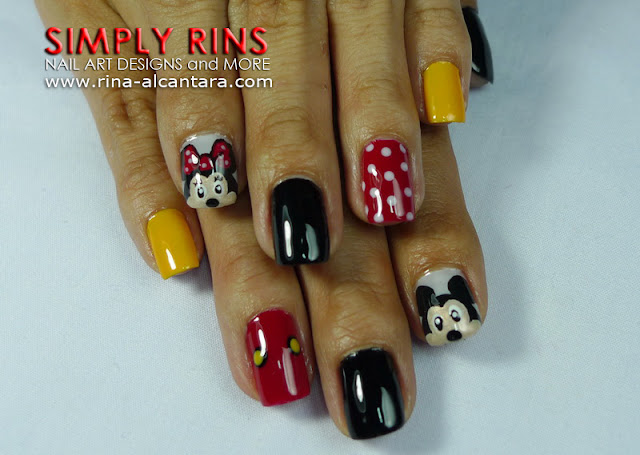 Mickey Mouse nail art design 04