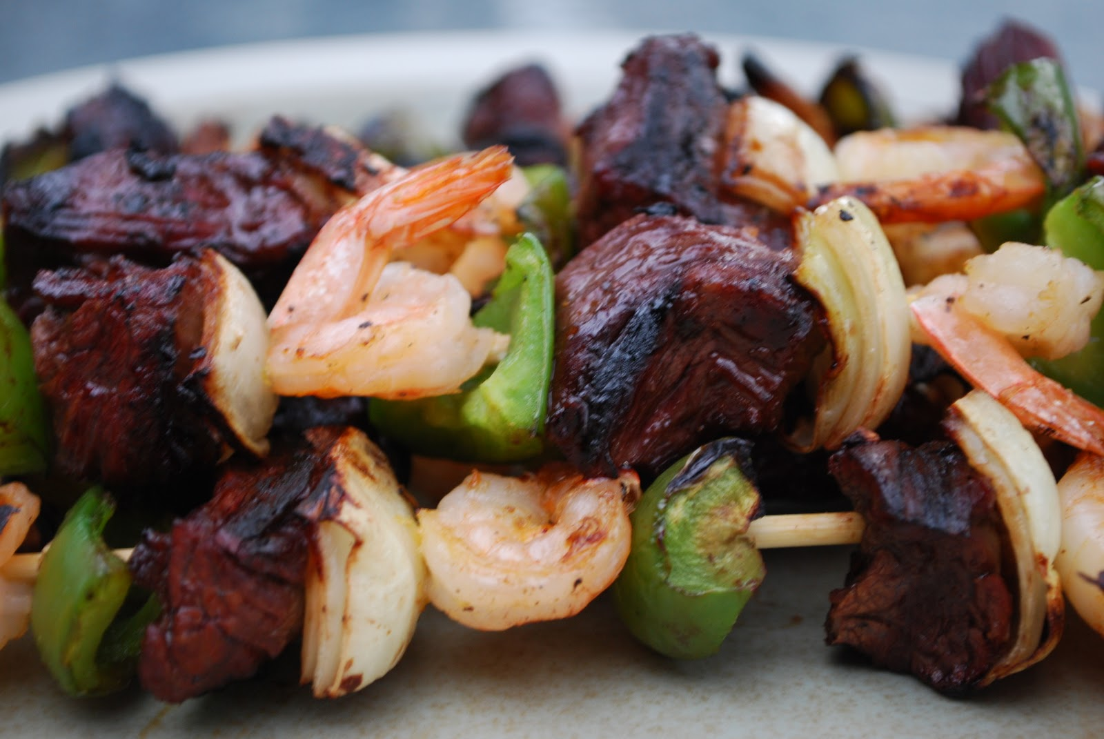 recipe: easy steak and shrimp kabobs [16]