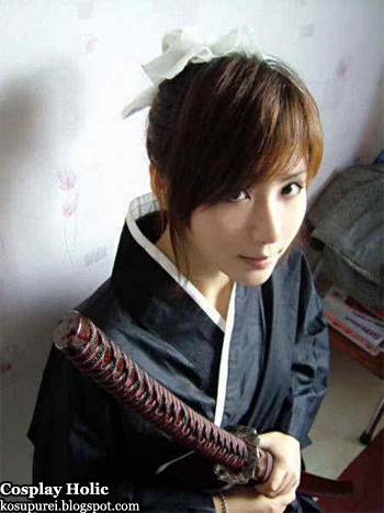bleach cosplay - hinamori momo