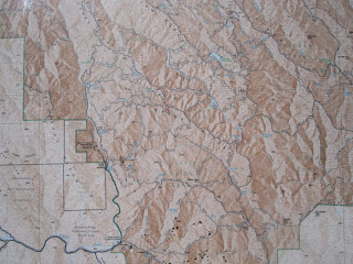 A great map of the Park--from the trailhead sign.©http://backpackthesierra.com