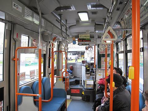 千歳市循環型コミュニティバス「ビーバス」 Aコース専用車両(北海道中央バス) 車内