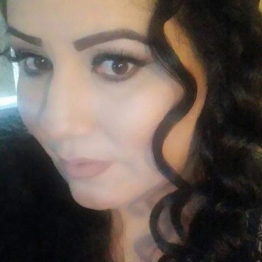Norma Valenzuela Photo 9
