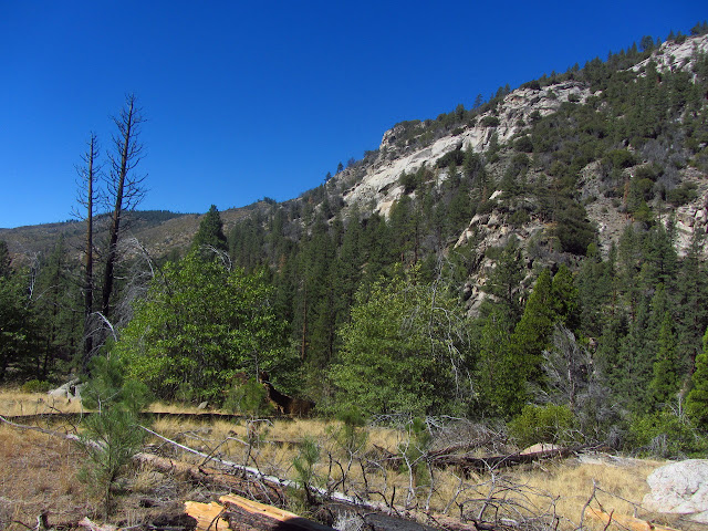 granite canyon becoming hills