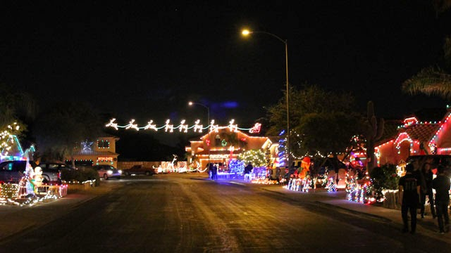 Best Christmas Holiday Lights around Phoenix East Valley - Realty ...