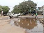 Des eaux nauséabondes stagnant sur la chaussée à la hauteur de l'hôtel diplomate et la minoterie de Kinshasa(Minokin)  le 15/09/2014 à Kinshasa. Radio Okapi/Ph. John Bompengo