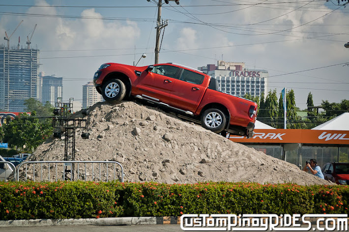 MIAS 2013 Custom Pinoy Rides Car Photography Philip Aragones Errol Panganiban pic4