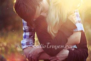 Em đủ vị tha để lại ôm anh vào lòng