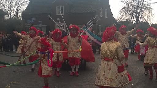 Carnavalsoptocht 2014 in Overloon foto Arno Wouters  (90).jpg