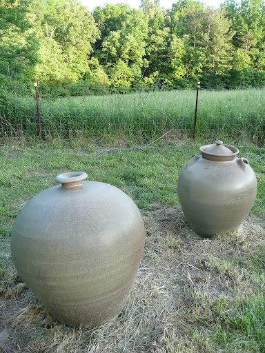 I love these giant pots.