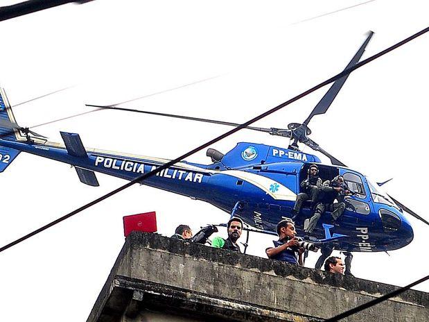Helicópteros da PM Choque da Paz Rocinha