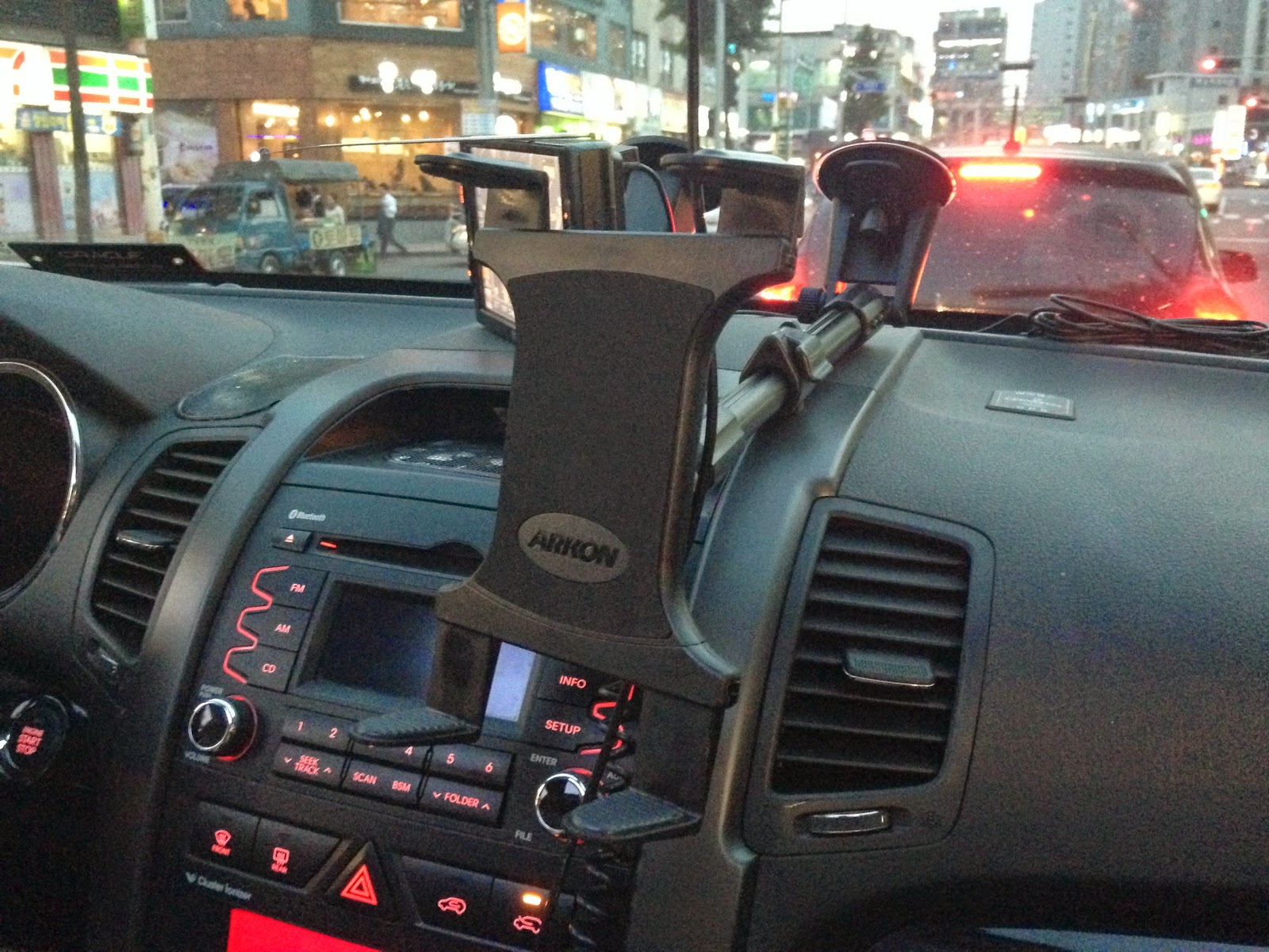 TAB-CM117 아콘 자동차 태블릿 거치대 장착 화면