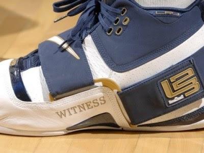 Lebron james shoes 2006