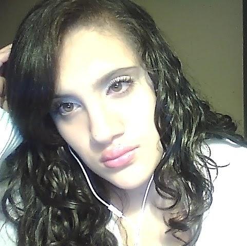 Johanne Cruz Photo 14