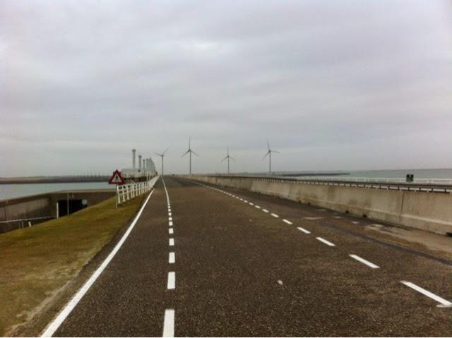 Route sur la mer du Nord