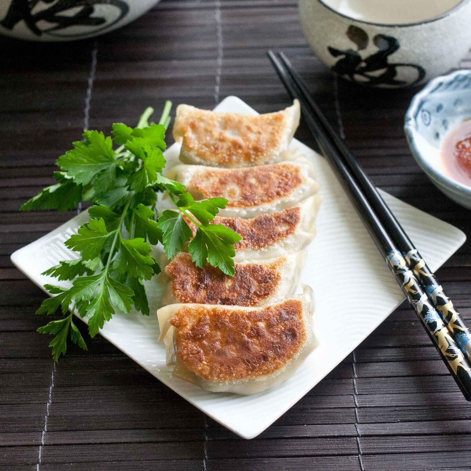 FOODjimoto: Gyoza - Japanese Dumplings