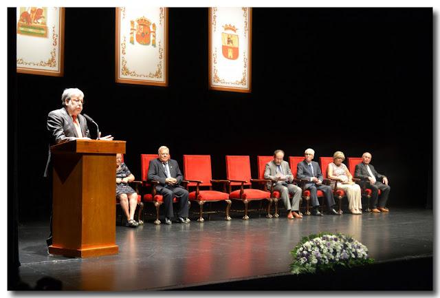 Cierra el acto institucional el alcalde, Francisco Toscano Sánchez.