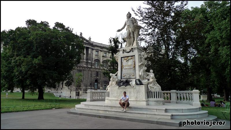 Estatua Mozart