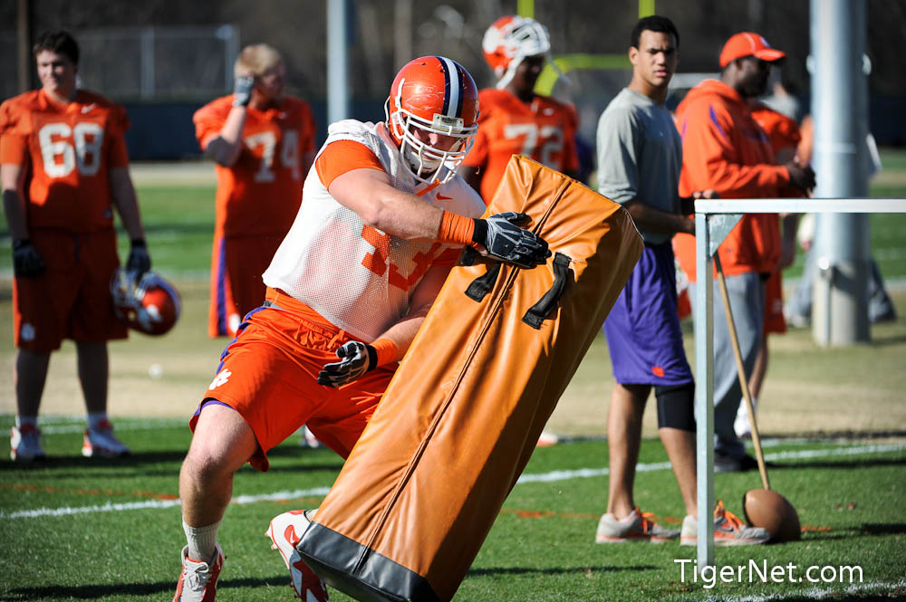 Orange Bowl Practice Photos - 2011, Bowl Game, Football, Practice, Tyler Shatley