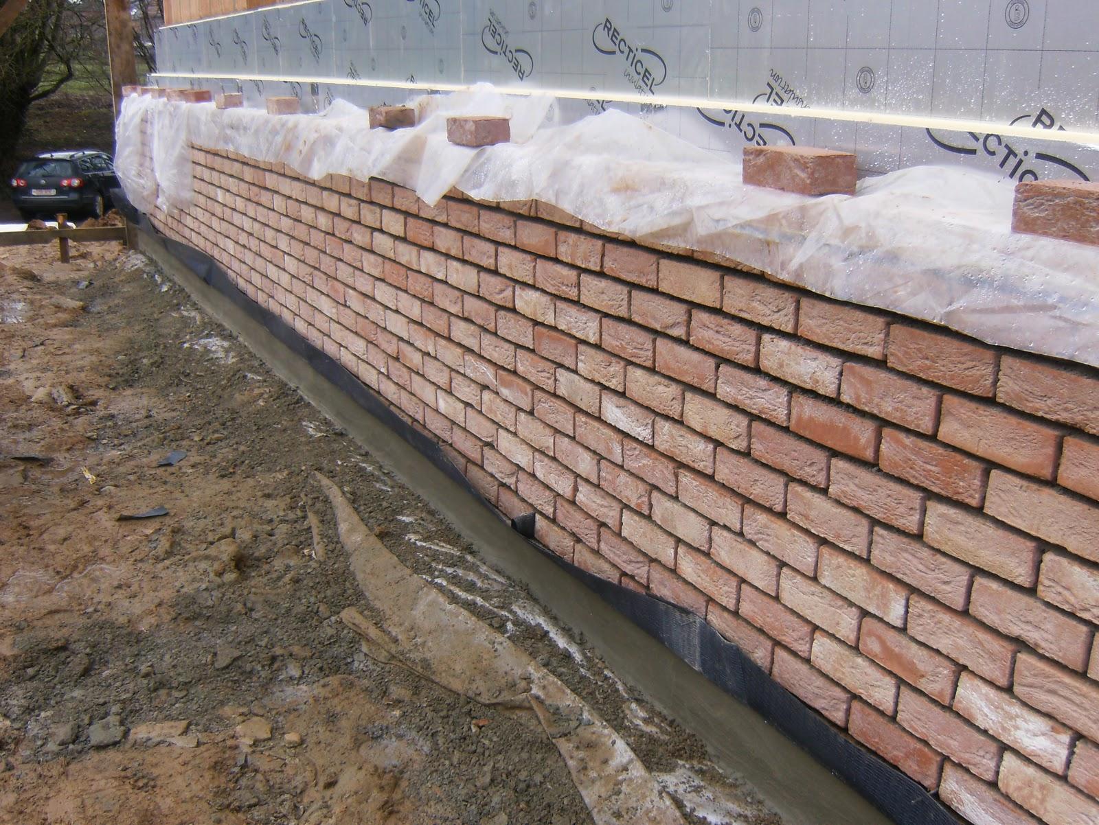 Notre construction tr s basse energie sars la buissi re for Pose brique de parement