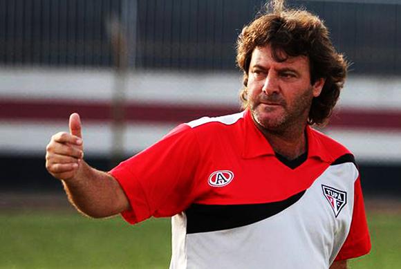 Tupãzinho eterno ídolo corinthiano e atual técnico do Tupã Futebol Clube