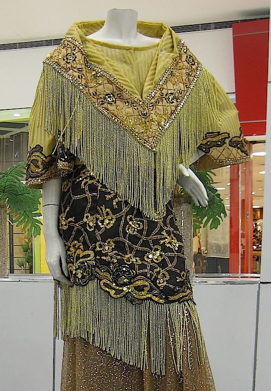 gold and black Maria Clara gown