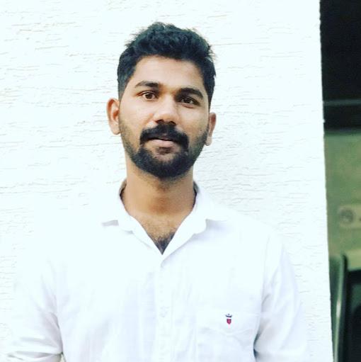 Vigneshwaran  B