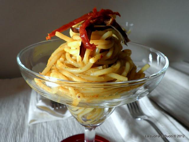 Spaghetti al pesto di melanzane in coppa margarita
