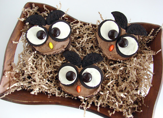A Cute Hoot Open Faced Whoopie Pies from @KatrinasKitchen at www.inkatrinaskitchen.com