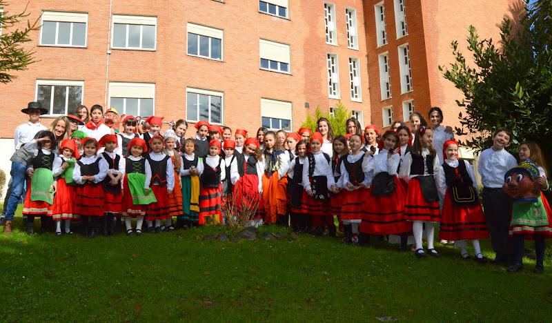 Las Marzas alegran el Colegio Mercedes